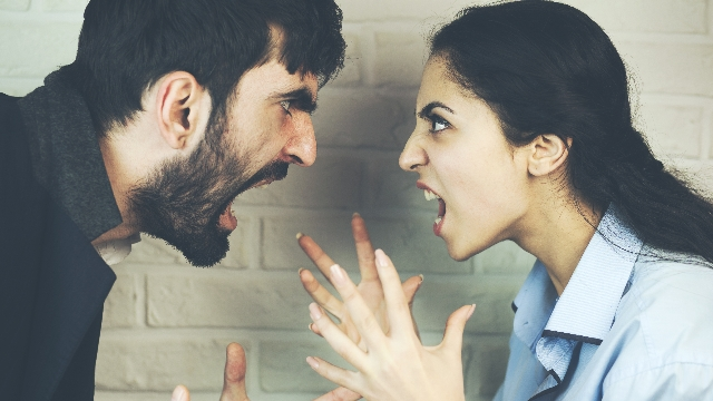 19 people share the stupidest reasons they got into big fights with their significant others.