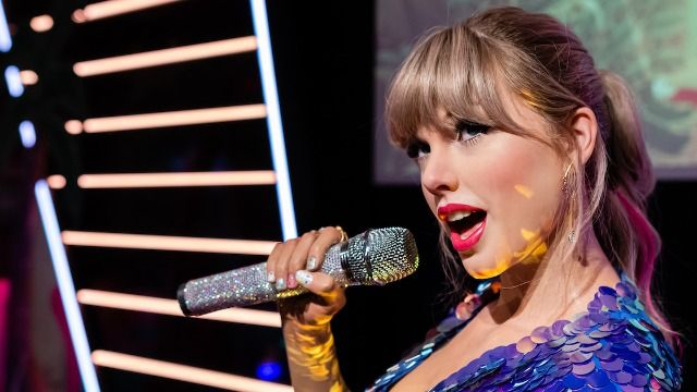 Taylor Swift called out Netflix over 'sexist' joke about her in 'Ginny & Georgia.'