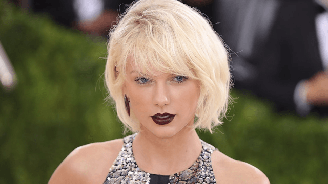 Taylor Swift performed a cover of Calvin Harris' 'This Is What You Came For' because she DGAF.