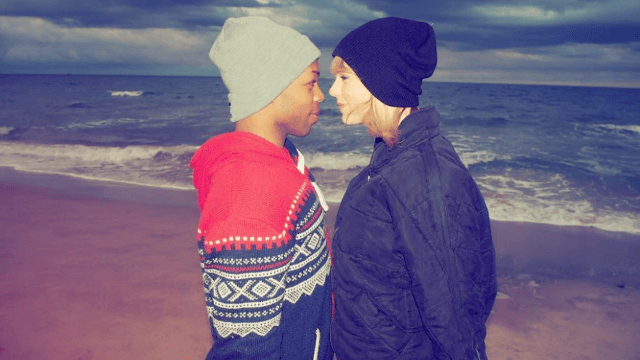 Taylor Swift and Todrick Hall had a 'Little Mermaid' sing-along at Thanksgiving dinner.