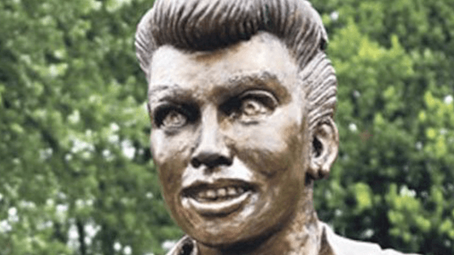 'Terrifying' Lucille Ball statue replaced with slightly less terrifying Lucille Ball statue.