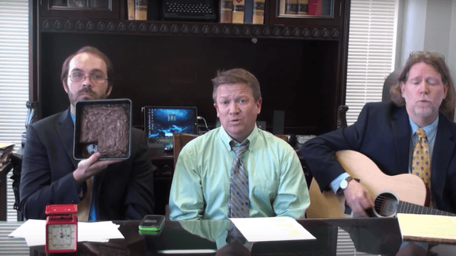 Texas lawyers sing country tune about why it's a bad idea to bake your pot into brownies.