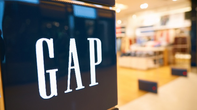 The Gap deleted a tweet showing a half-blue, half-red sweatshirt after it got mocked for not 'reading the room.'