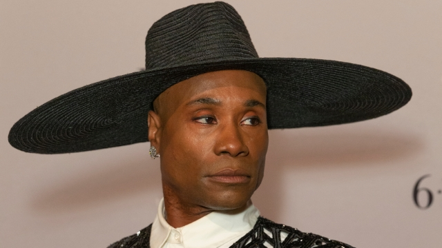 The 15 best memes based on Billy Porter's remote-controlled Grammys hat.