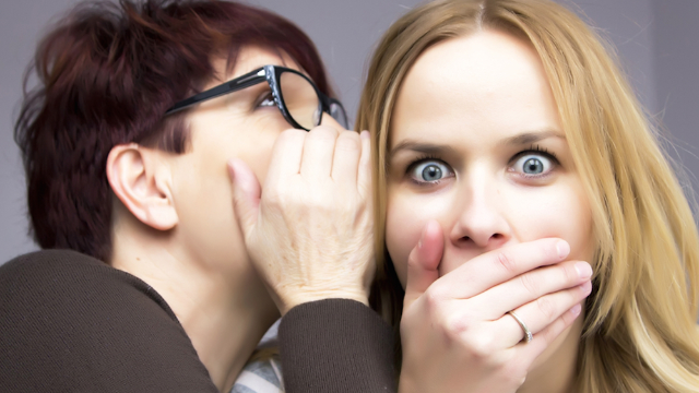 People confessed things they're embarrassed to secretly like. Earwax sniffers, you're not alone.