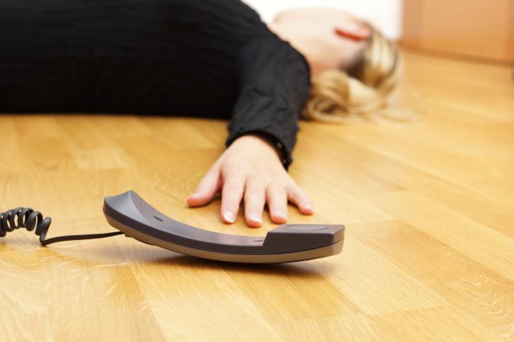 Verizon's customer service gives woman a heart attack.