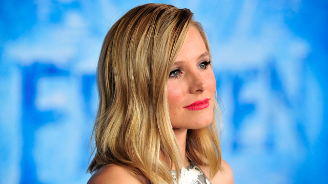This hilarious story about Kristen Bell trying to secretly pump breastmilk is TOO real.
