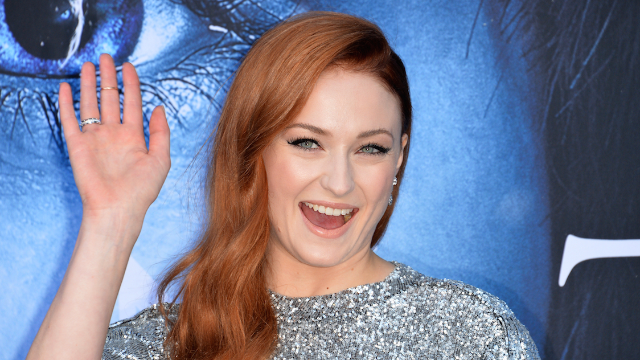 This vid of Sophie Turner putting her leg behind her head will make you say 'yas queen' and also 'ow.'