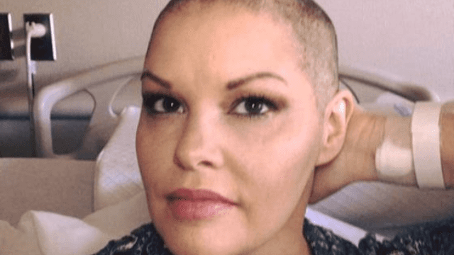 This woman beat breast cancer and then exited the oncology wing like a boss.