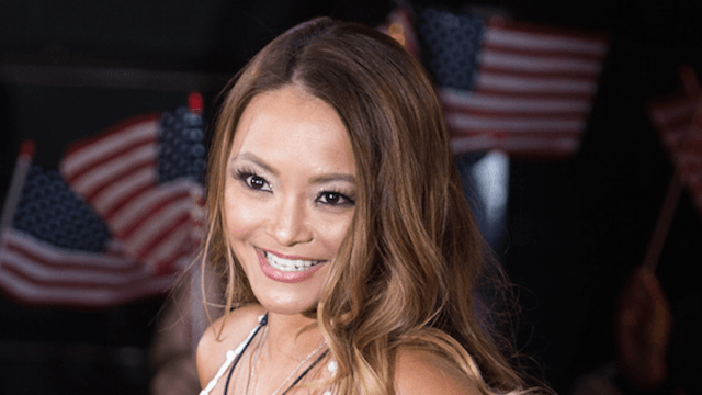Horrible Nazi Tila Tequila is back at it again and threatening Sarah Silverman on Twitter.