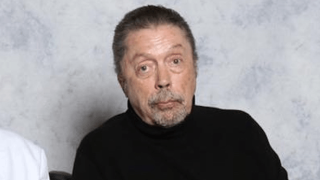 Man meets Tim Curry, shares heartwarming story of why he's the sweetest guy ever.