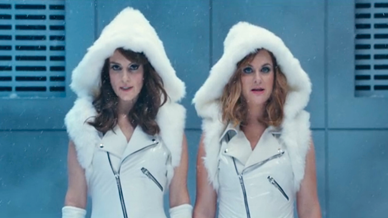 Tina Fey & Amy Poehler show you their 'Dope Squad,' a 'Bad Blood' SNL parody (ft. Amy Schumer).