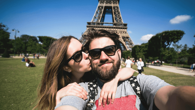The best cities to use as the backdrop for your Tinder fairytale.
