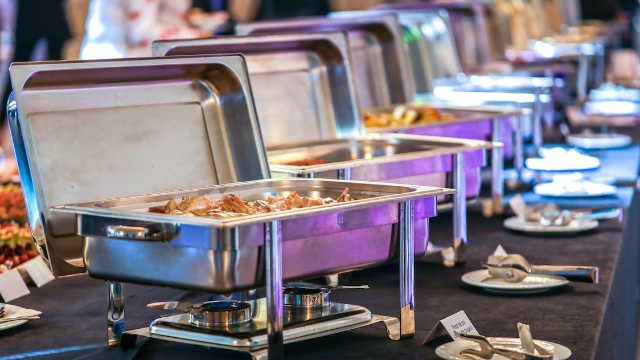 20 people who work at all-you-can-eat buffets share the disgusting things they've seen people do.