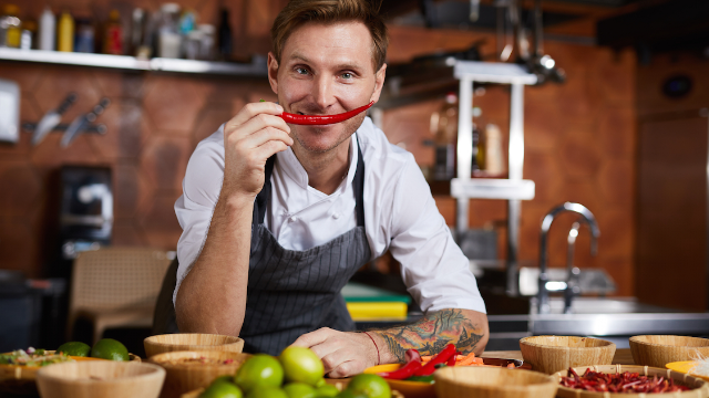 20 chefs dish on the 'red flags' people should look out for when dining out.