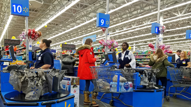 22 Walmart employees share the craziest sh*t they've seen on the job. The staring man is dead.