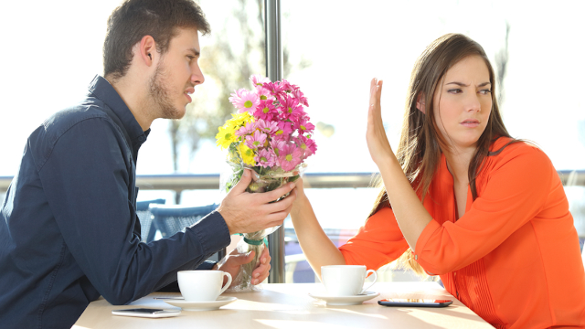 15 people share their romantic gestures that totally backfired.