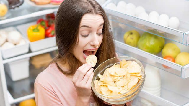 20 people reveal their weirdest food habits. No gusts of wind allowed.