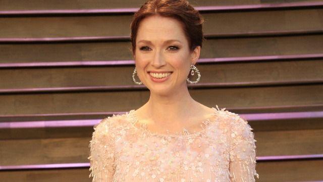 People react to Ellie Kemper being once crowned queen at 'racist' debutante ball.