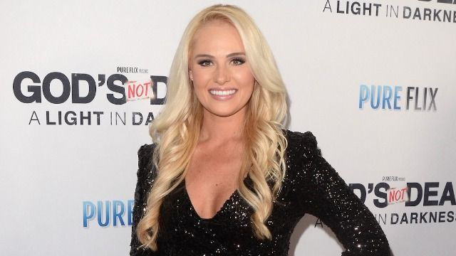 19 responses to Tomi Lahren claiming the LGBTQ Pride flag is anti-American.