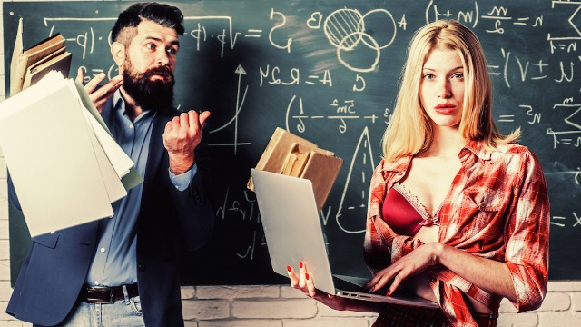 20 teachers share stories of students who tried to bribe or hit on them for a better grade.