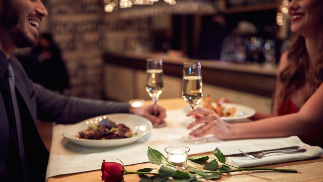 20 people share stories of how they screwed up Valentine's Day.