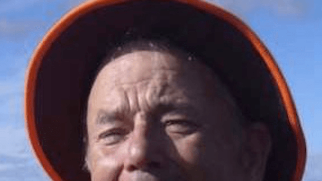 The internet can't tell if this picture is of Tom Hanks or Bill Murray and people are scared.