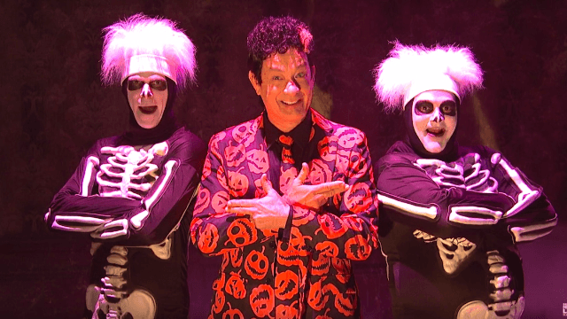 Tom Hanks baffled 'SNL' viewers in the best way possible as the mysterious David Pumpkins.