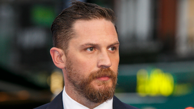 A critic went on an enraged Twitter rant because Tom Hardy was rude to him at a junket.