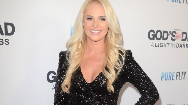 Tomi Lahren defends Caitlyn Jenner after transphobic harassment by Republicans.