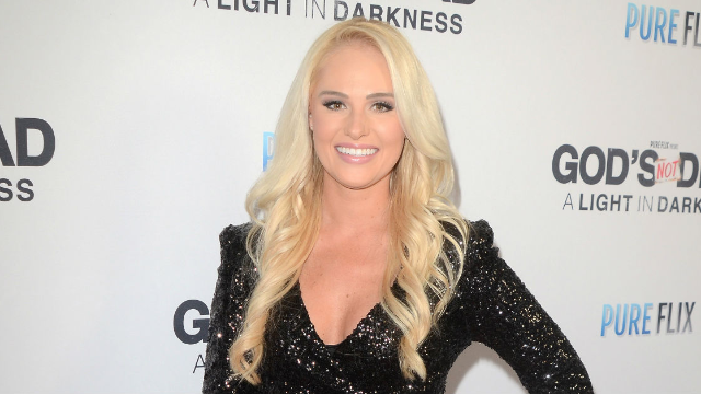 Tomi Lahren called out people who disrespect the flag, got trolled by her own past.
