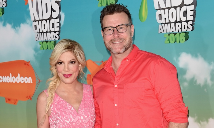 Tori Spelling and Dean McDermott at the Kids' Choice Awards, where they thought the feds would never find them.