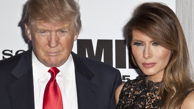 16 tweets about Melania's reaction to Trump ordering her to smile.