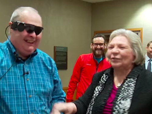 Try not to cry watching this blind man see his wife for the first time in 10 years.