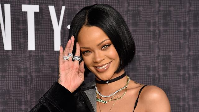 Rihanna's Coachella Uggs cost over $1K