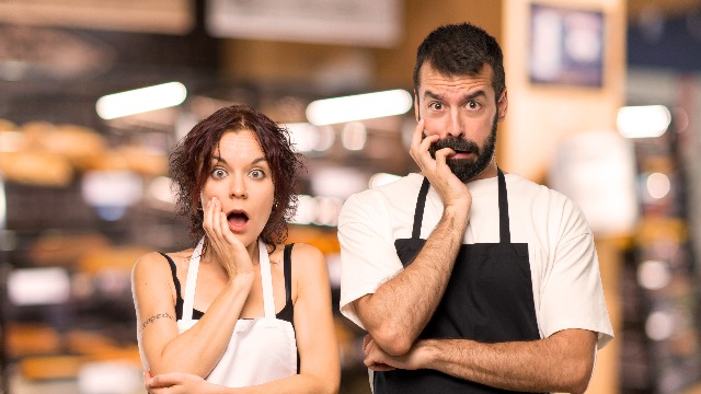 15 waiters share the worst first-date disasters they've witnessed in their restaurants.
