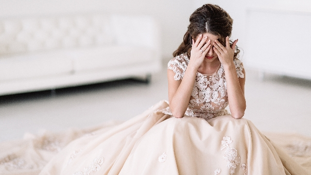 Man asks if he's wrong for complaining about cost of fiancee's dress.