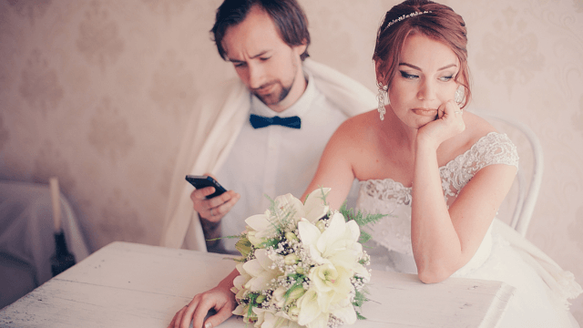 18 times people knew the marriage was over as soon as the wedding started.