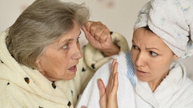 Woman seeks advice when mom won't stop trying to recruit her into MLM.