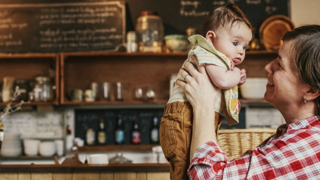 Woman asks if she was wrong to snap at barista who woke her baby up grinding coffee.