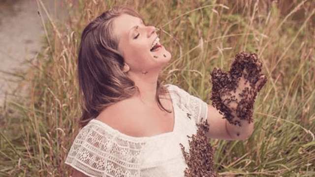 Pregnant woman covers tummy with 20,000 live bees for maternity shoot. Bow down to the queen bee.