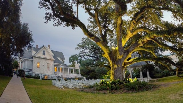 Black woman who refuses to attend sick brother's wedding at former plantation asks for advice.