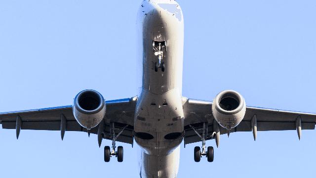13 glorious photos of despicable in-flight behavior.
