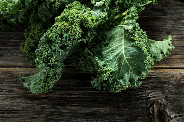 A drunk thief stole someone's kale, then returned sober to leave this note.
