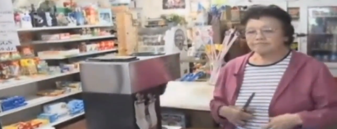 89-year-old woman takes on sword-wielding robber in single combat.