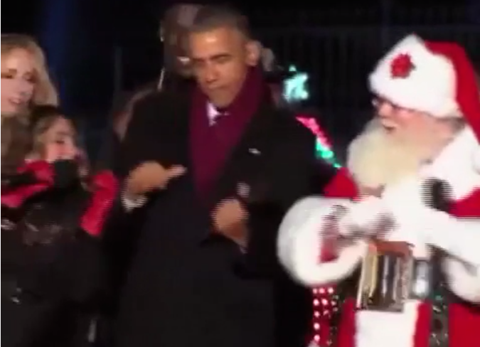 President Obama did the ultimate lame-dad dance at the national tree-lighting ceremony.