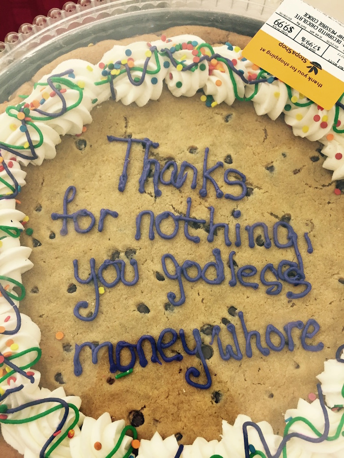 If you're going to tell off your boss and quit, at least do it with a cake.