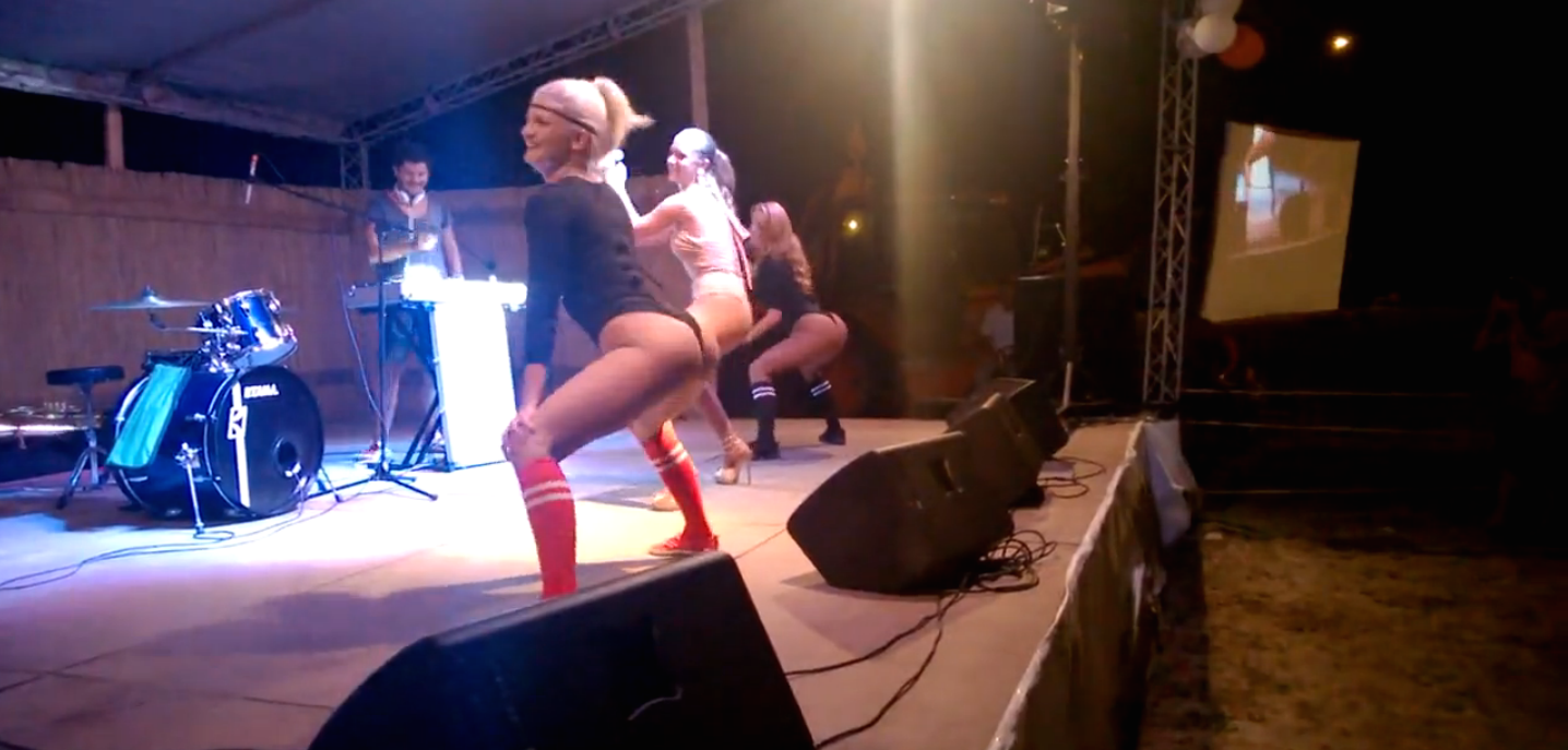 If you're not surprised by the ending to this twerking video, there's something wrong with you.