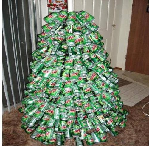 The Most White Trash Christmas Trees In Existence | Someecards ...