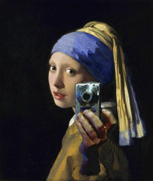 What a famous classic painting would look like as a Facebook profile picture.